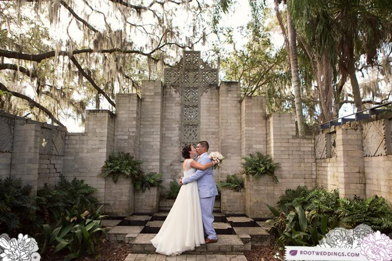 photo RootWeddings_008.jpg