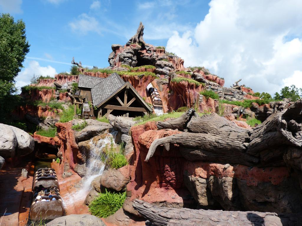photo SplashMountain202.jpg