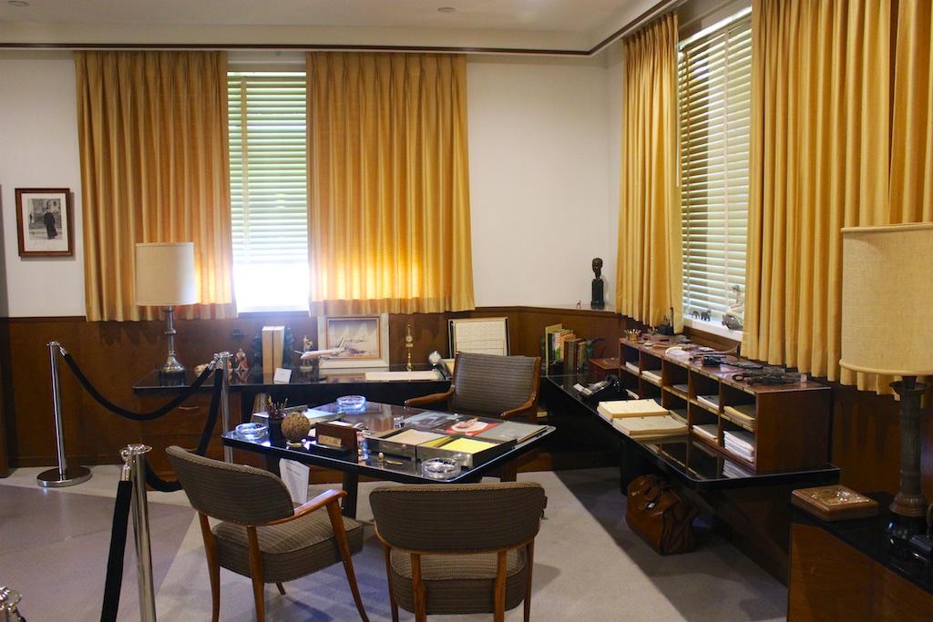 Touring walt disney 39 s office part 2 disney travel babble - Walt disney office locations ...