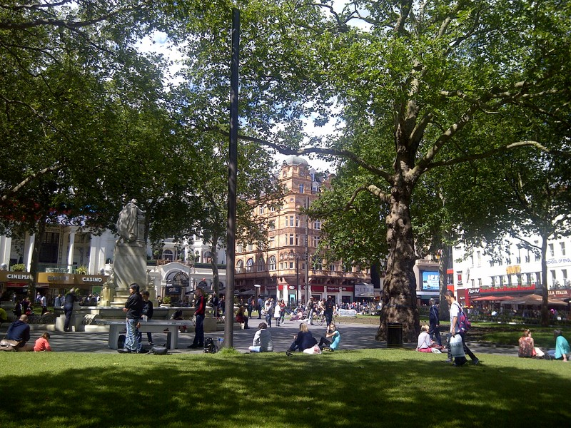 photo Redeveloped_Leicester_Square_zpsxnjqauae.jpg