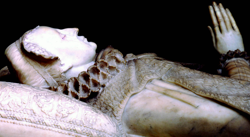 photo 26.The-tomb-of-Mary-Queen-of-Scots_zpsiefzv3yw.jpg