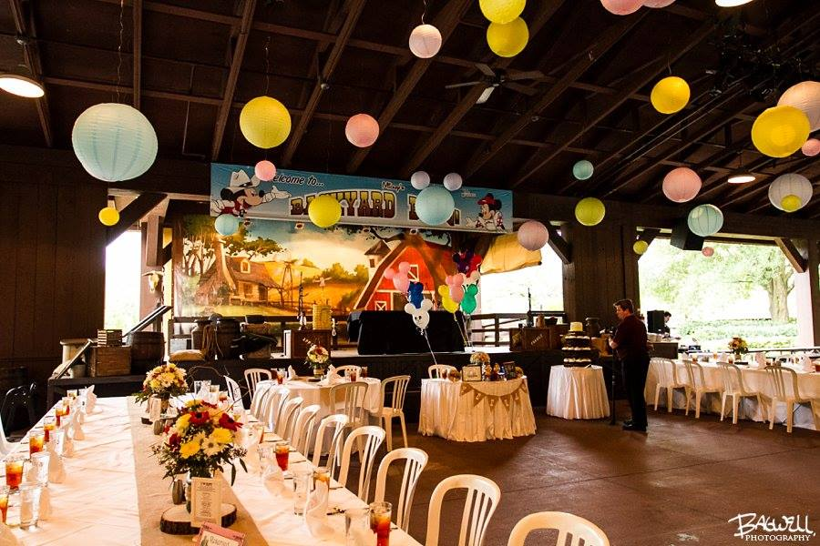 Mickey Backyard Bbq fort wilderness pavilion (mickey's backyard bbq) • fairytale